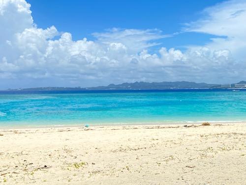 水納島行き方【沖縄】の 【クロワッサンアイランド水納島(みんなじま)】をご紹介します。